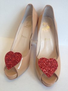 LexyLuxDesign Red glitter heart shoe clip