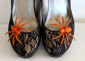 RisaRuthDesigns Orange Spide Shoe Clips