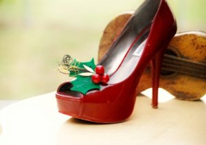 sophisticata Christmas Red & Kelly Green Shoe Clips